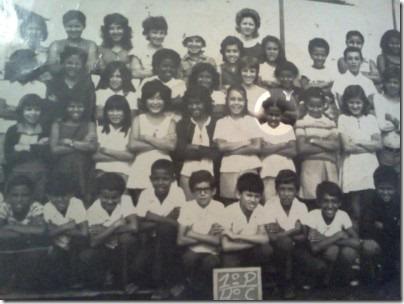 1974 - Com meus colegas da quarta série. Que saudade!